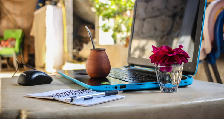 How Do You Become a Digital Nomad? 5 Things to Consider Before You Get Started