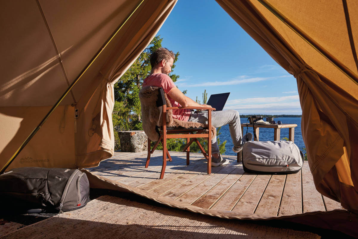 Living the Dream? 5 Benefits of Being a Digital Nomad